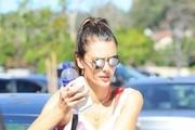 Alessandra Ambrosio Gets Her Workout in
