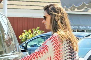 Alessandra Ambrosio Alessandra Ambrosio & Daughter Anja Out For Lunch In Brentwood