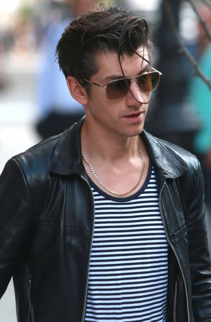 Alex Turner Photos Photos Alex Turner And Taylor Bagley Step Out In New York Zimbio