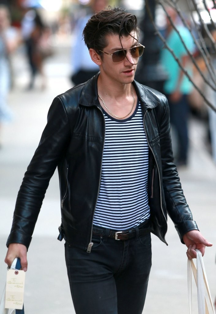 Alex Turner Photos Photos - Alex Turner and Taylor Bagley ...