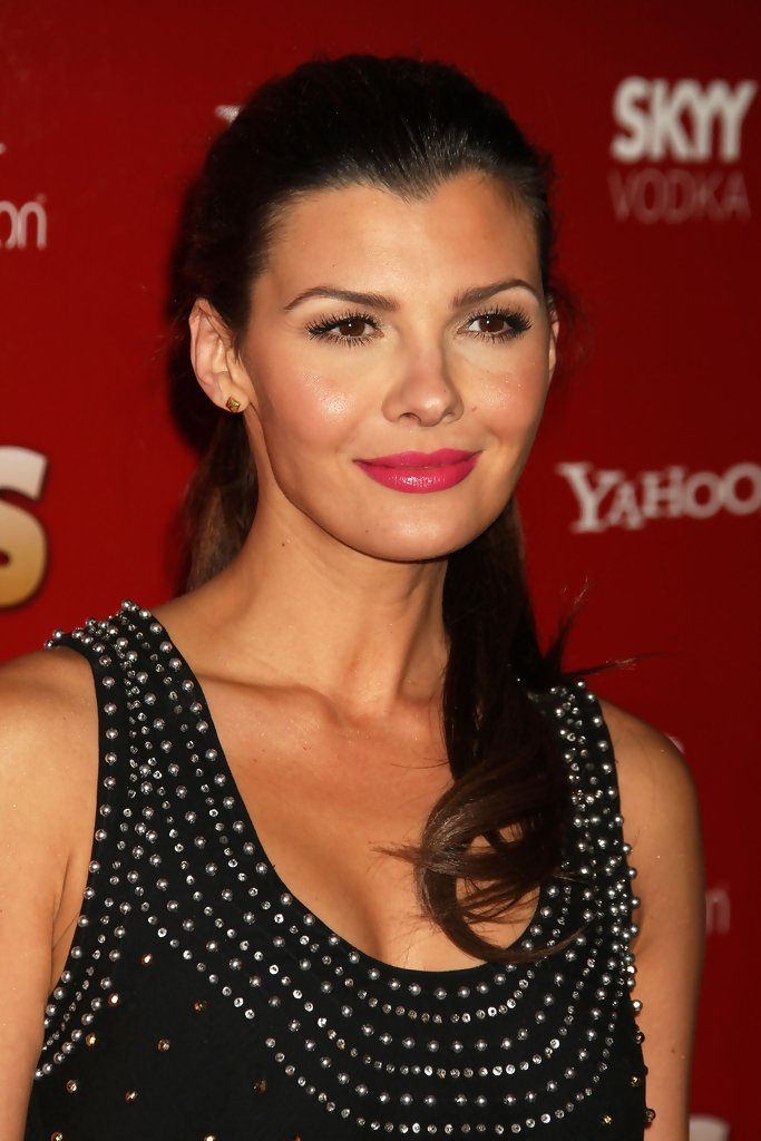 ali landry, miss usa 1996. - Página 3 Ali+Landry+Weekly+Hot+Hollywood+2009+Arrivals+-0xWrflp94qx