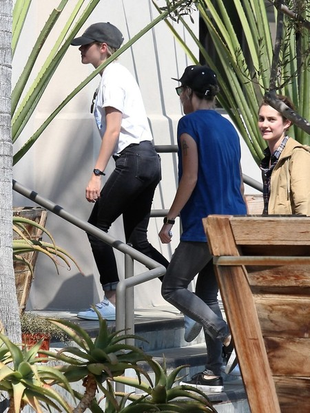 Kristen Stewart and Alicia Cargile Go Out in West Hollywood