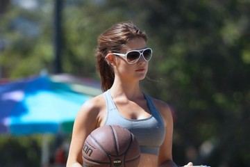 Amanda Cerny Amanda Cerny Plays Basketball