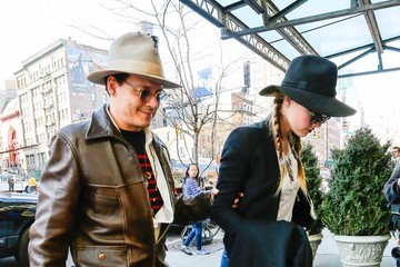 Amber Heard Johnny Depp & Amber Heard Arrive At Their NYC Hotel