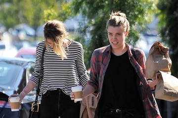 Amber Heard Amber Heard Goes Out for Lunch With a Friend