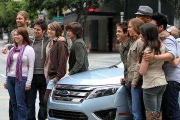 Katie Stevens Tim Urban The American Idol Finalists Filming A Ford Commercial