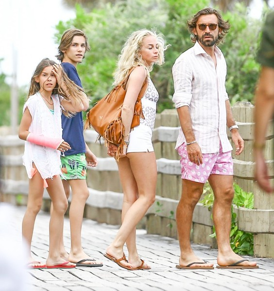 Andrea Pirlo, Valentina Baldini, & Kids Relax by the Poolside in Miami