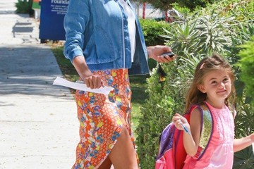 Anja Ambrosio Mazur Alessandra Ambrosio Out And About With Her Daughter