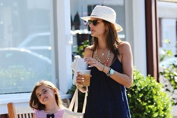 Anja Ambrosio Mazur Alessandra Ambrosio and Daughter Shop in Brentwood