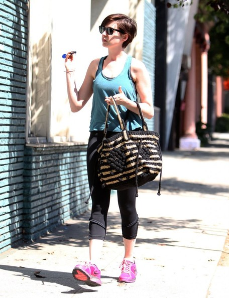 """Les Miserables"" star Anne Hathaway heads to a dance studio for rehearsals on August 22, 2013 in Los Angeles, California."
