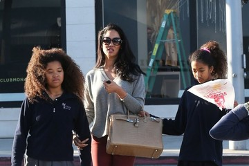 Aoki Lee Simmons Kimora Lee Simmons Goes Shopping