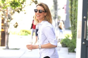 Arielle Vandenberg Arielle Vandenberg Grabs a Coffee While Out in LA