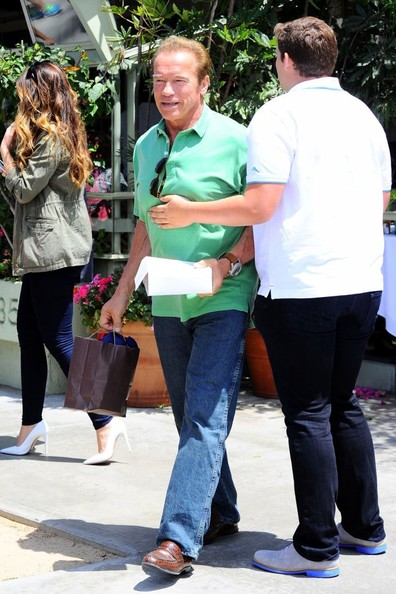 Arnold Schwarzenegger Out For Father's Day Brunch
