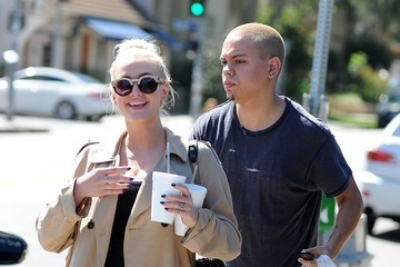 Ashlee Simpson Pregnant Ashlee Simpson & Evan Ross Get Lunch
