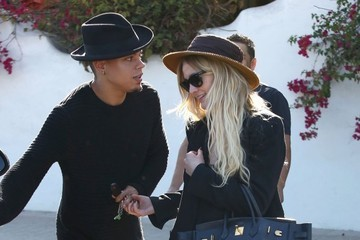 Ashlee Simpson & Evan Ross Wear Matching Outfits in Malibu