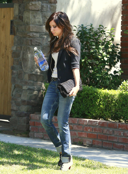 Ashley Tisdale Actress Ashley Tisdale leaves her house in Toluca Lake, CA.