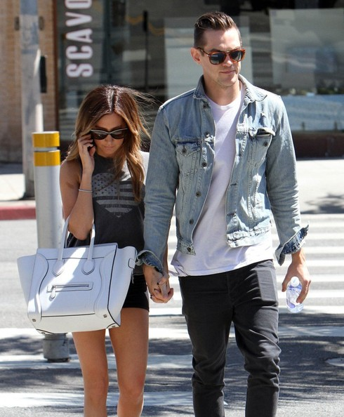 e0e71e8d6b64 But if you care Ashley was spotted with boyfriend Christopher French while grabbing  lunch in West Hollywood yesterday.