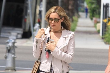 Ashley Tisdale Ashley Tisdale Stops By An Office Building
