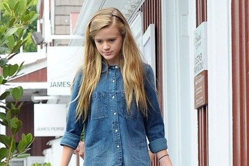 Ava Phillippe Reese Witherspoon & Family Out For Lunch In Brentwood