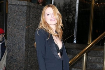 Bella Thorne Bella Thorne Out and About in New York City