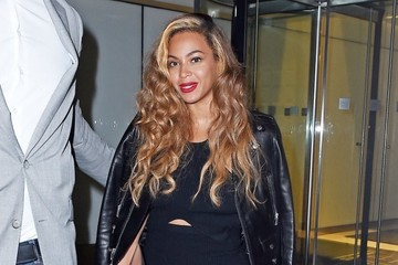 Beyonce Knowles Beyonce Knowles Goes on a Night out in NYC
