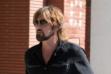 Billy Ray Cyrus Billy Ray Cyrus Gets Slapped with a Parking Ticket