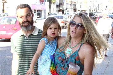 Busy Philipps Marc Silverstein Busy Philipps And Family Out In Venice