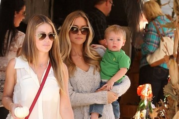 Camden Cutler Kristin Cavallari Takes Her Son To Mr. Bones Pumpkin Patch