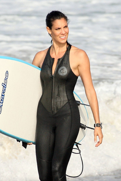cast of ncis los angeles go surfing in this photo daniela ruah actor
