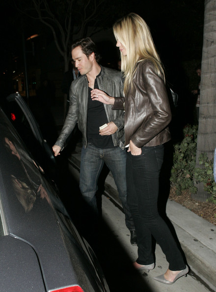 Catriona McGinn - Mark-Paul Gosselaar Leaving Mastros Restaurant