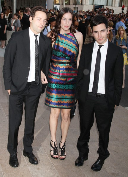Celebrities Attend The 2011 CFDA Awards