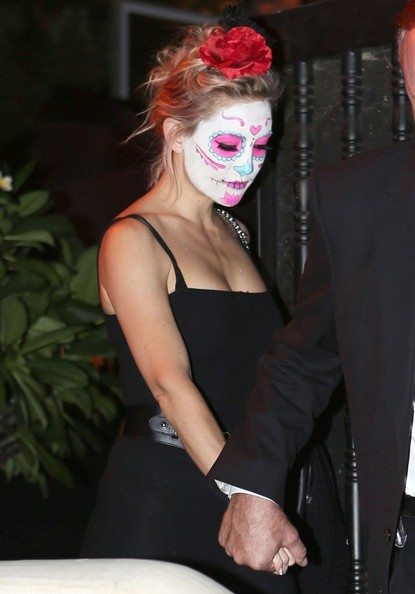 celebrities in halloween costumes 2014 kate hudson - Halloween On The Hudson