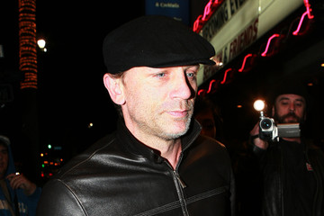 Daniel Craig Celebs Turn Out for Radiohead Haiti Benefit Show in LA