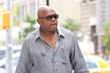 Charles S. Dutton Charles S. Dutton Leaving His New York Hotel