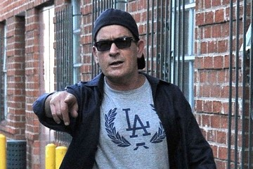 Charlie Sheen Charlie Sheen Leaves a Medical Building in Beverly Hills