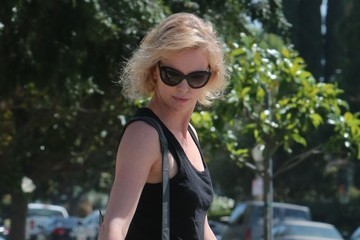 Charlize Theron Charlize Theron Takes Jackson to a Play Date
