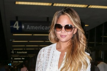 Chrissy Teigen Chrissy Teigen Lands at LAX Airport