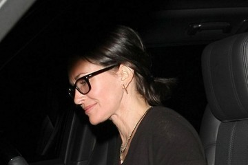 Courteney Cox Courteney Cox Dines Out at Palm Restaurant