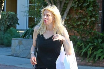 Courtney Love Courtney Love Goes Shopping