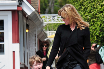 Courtney Thorne-Smith Courtney Thorne-Smith out at the Brentford Country Mart