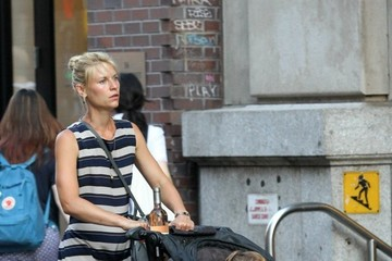 Cyrus Dancy Claire Danes Out For a Walk With Her Son in NYC