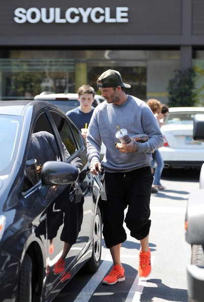 David Beckham's Driving a Prius Now?! | Celebrity Cars Blog