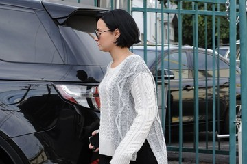 Demi Lovato Demi Lovato and Lily Collins Go for Lunch in West Hollywood