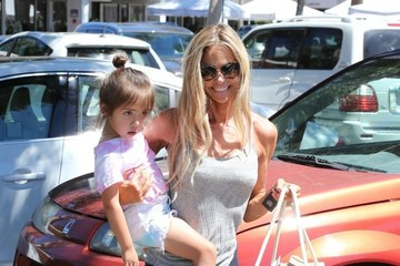 Denise Richards Denise Richards Goes Shopping