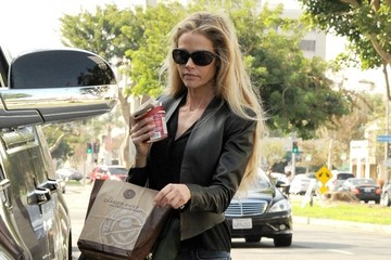 Denise Richards Denise Richards Takes Her Girls Out For Iced Coffee