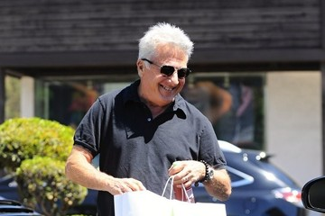 Dustin Hoffman Dustin Hoffman Shops With His Granddaughter In Brentwood