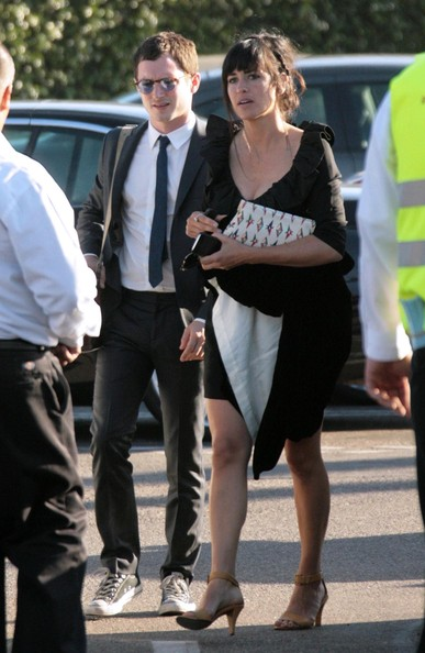 Friends And Family Arriving For The Anna Paquin Stephen Moyer Wedding