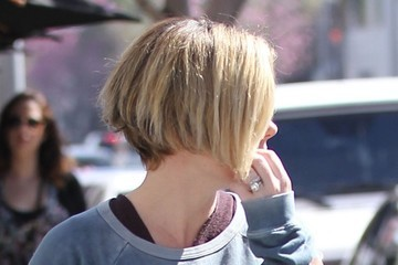 Elizabeth Banks Elizabeth Banks Spotted Out in Beverly Hills