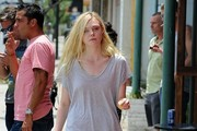 Elle Fanning Goes Shopping