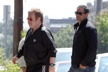 Elton John Elton John Heads to the Studio